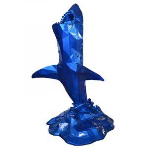Weißer Hai Skulptur Blau