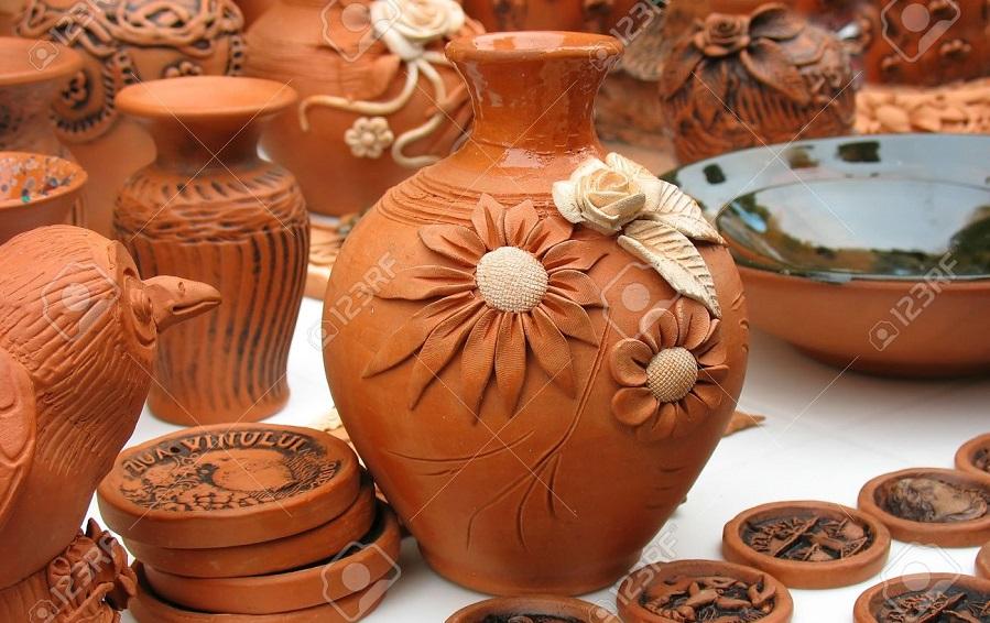 Relationship Between Sculpture And Ceramic-Earthenware