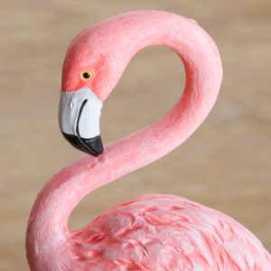 1I820002 vintage pink flamingo figurines (2)