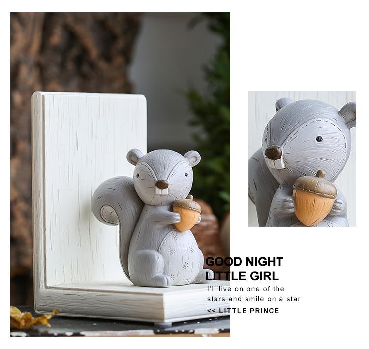 1I820003 Fox Bookend Squirrel Bookend (15)