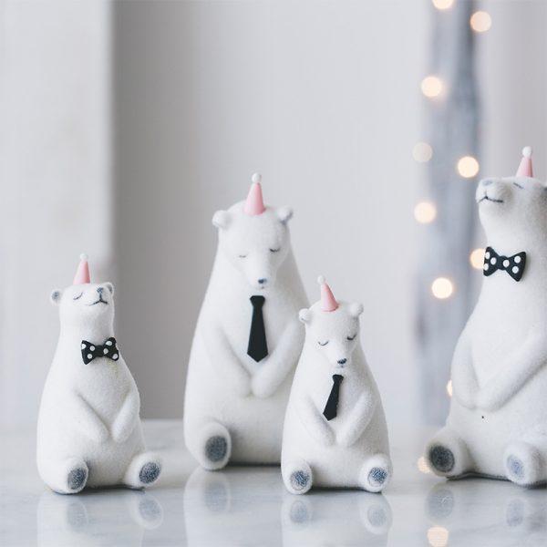1I820019 Polar Bear Figurine White Cheap Sale (3)