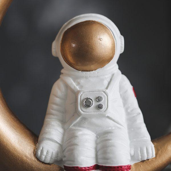 1I820020 Astronaut Figurine Resin Wholesale Online (10)