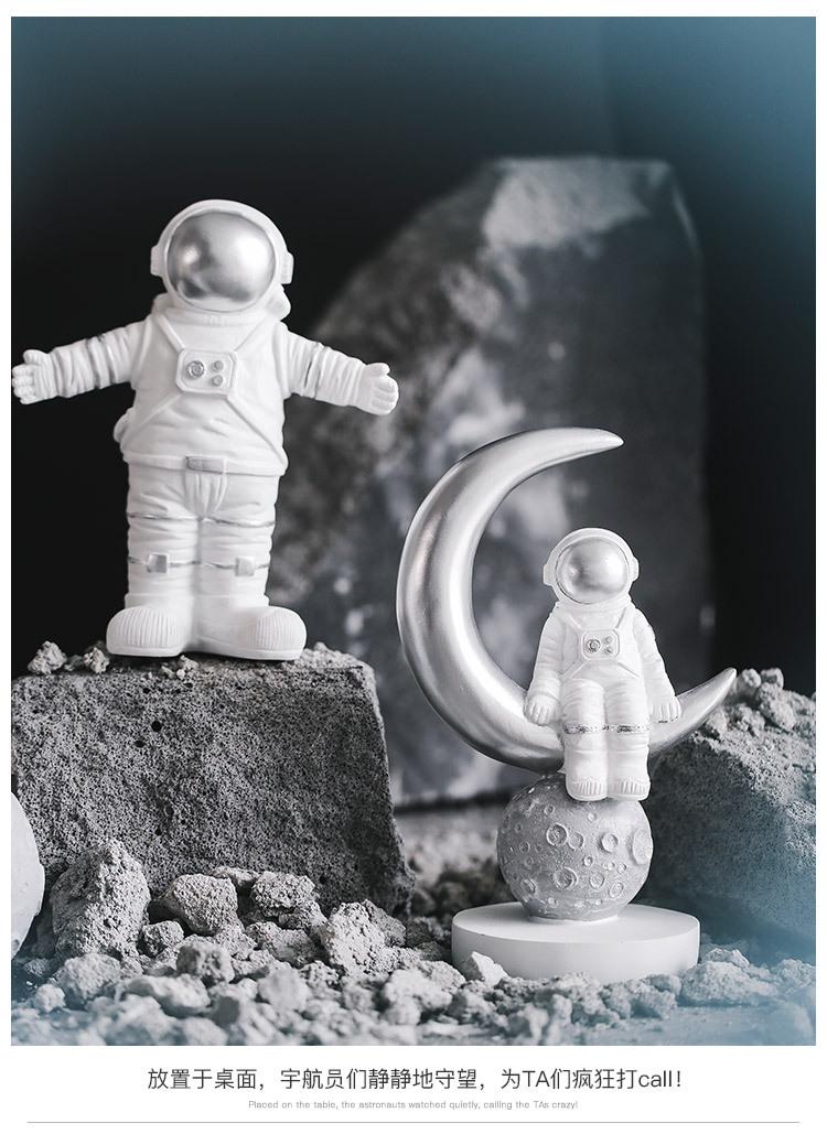 1I820020 Astronaut Figurine Resin Wholesale Online (21)