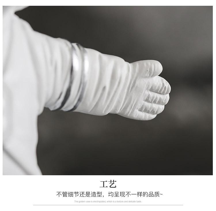 1I820020 Astronaut Figurine Resin Wholesale Online (26)