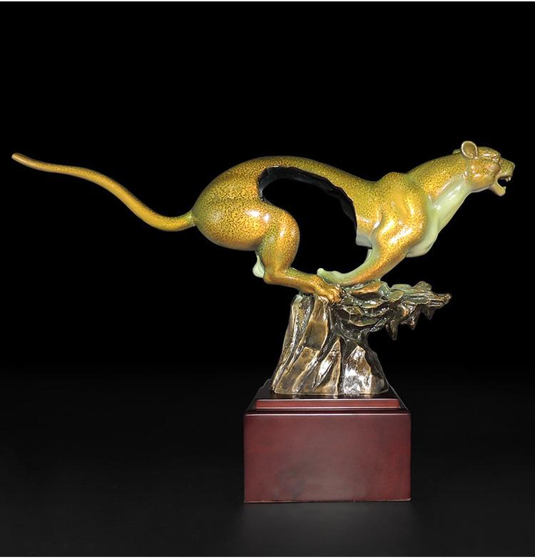 1I904060 Feng Shui Leopard Statue Brass (21)
