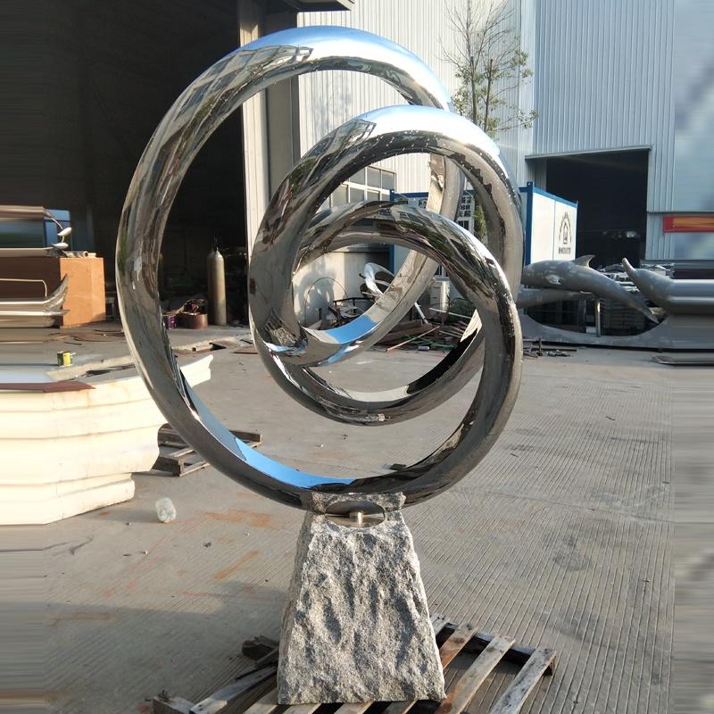 Stainless Steel Outdoor Sculpture Maker