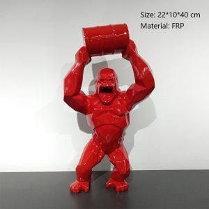 06 Sculpture Gorille Rouge