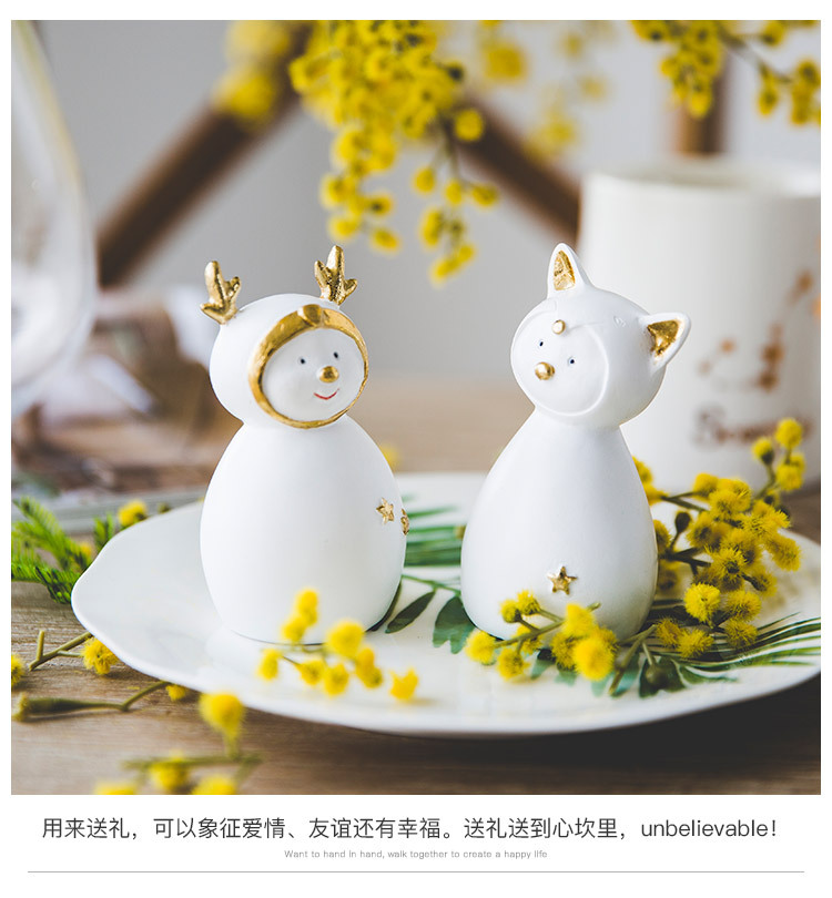 Ceramic Christmas Figurines Sale Detail (10)