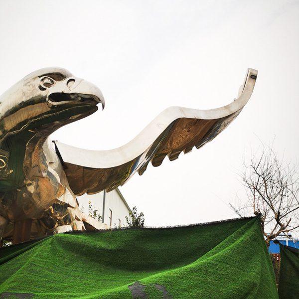 Hersteller von Stahladler-Skulpturen (4)