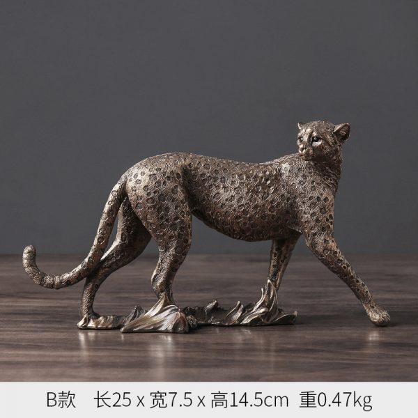 1J602002 Cheetah Figurines Resin Maker (6)