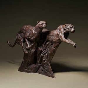 1J608006 Bronze Cheetah Sculpture Maker (1)