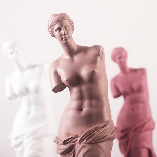 1J910001 Venus Statues (4)