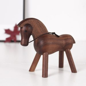 1JA28001-1 small wooden horse figurines (1)