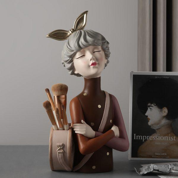 1JC21020 Glamour Girl Head Vase Sale (2)