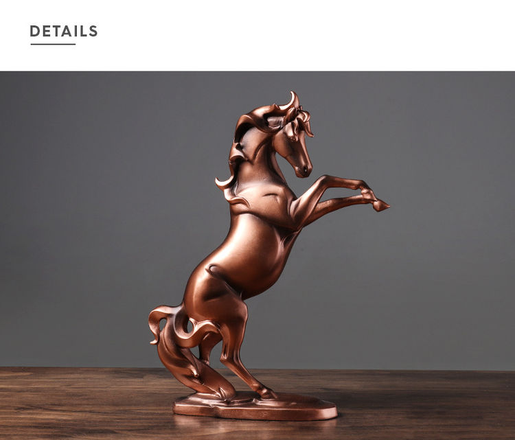 1JA29002 décoration de cheval résine detail (8)