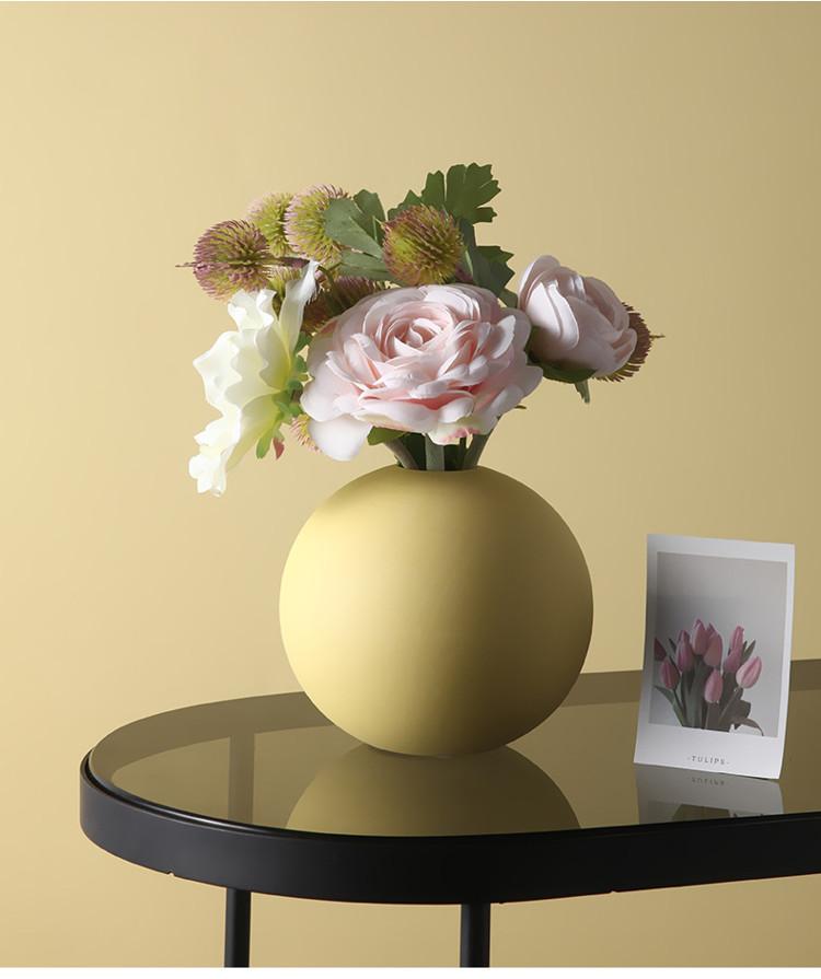 1JC21004 Cooee Ball Vase China Maker (13)