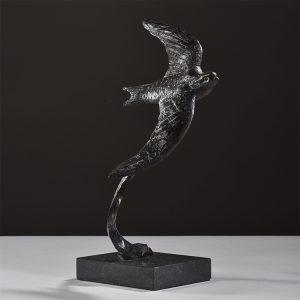 1JA19004 Swallow Sculpture Bronze China Maker (1)