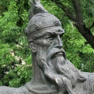 1K906001 Skulptura Shqip Gjergj Kastrioti Skenderbeu (2)