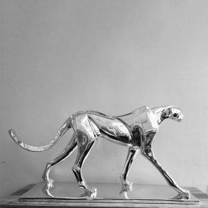 1K909003 Silver Cheetah Statue Sale (1)